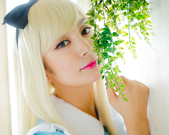 Alice×Party Color ロングストレートのモデル写真