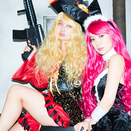 Pirate×Party Color ロングウェイブのモデル写真
